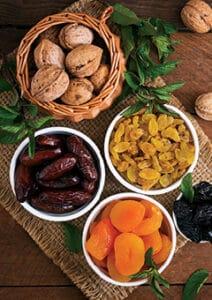 פירות-יבשים-ופיצוחים